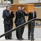 Obsèques de Ludovic Chancel : Lucien, l'amant du fils de Sheila, présent