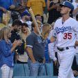 Christina Aguilera et son petit ami Matt Rutler assistent à un match de baseball à Los Angeles, le 23 Juillet 2017.