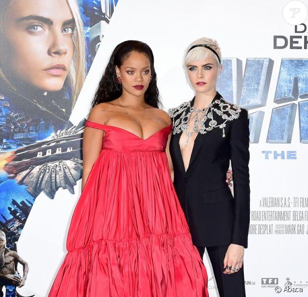 Rihanna et Cara Delevingne à la première de 'Valerian' au Cineworld à Leicester Square à Londres, le 24 juillet 2017