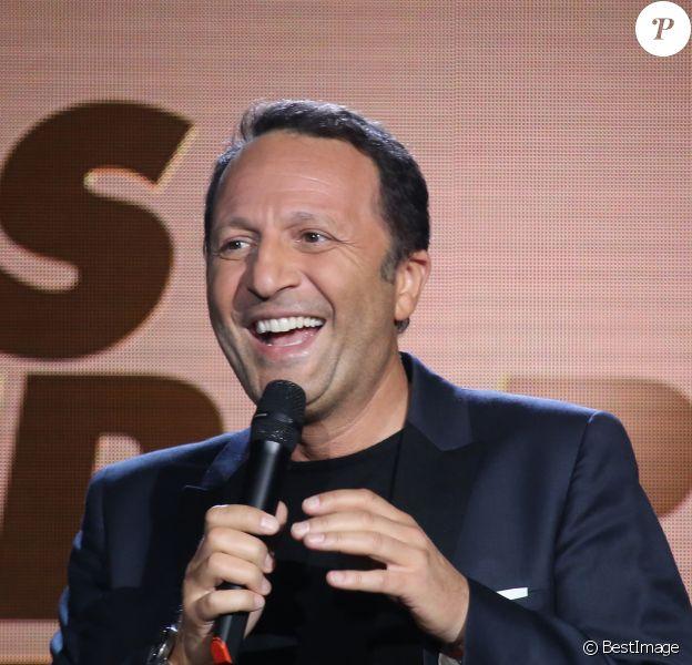 Arthur - 10ème cérémonie des Gérard de la Télévision au théatre Daunou à Paris le 30 mai 2016.