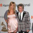 Rod Stewart et sa femme Penny Lancaster le 7 février 2009, à la soirée organisée par Clive Davis, en amont des Grammy Awards.