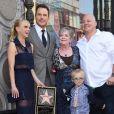 Chris Pratt avec sa femme Anna Faris, leur fils Jack et leur famille - Chris Pratt reçoit son étoile sur le Walk of Fame à Hollywood le 21 avril 2017.