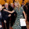 La reine Maxima des Pays-Bas avec ses parents Jorge Zorreguieta et María del Carmen Cerruti Carricart le 11 octobre 2016 à Buenos Aires, en Argentine, lors d'une conférence au cours de laquelle Maxima intervenait en sa qualité d'ambassadrice spéciale auprès des Nations unies pour la finance inclusive.