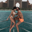 Nabilla et Thomas s'embrassant langoureusement à Dubaï, le 4 juin 2017.