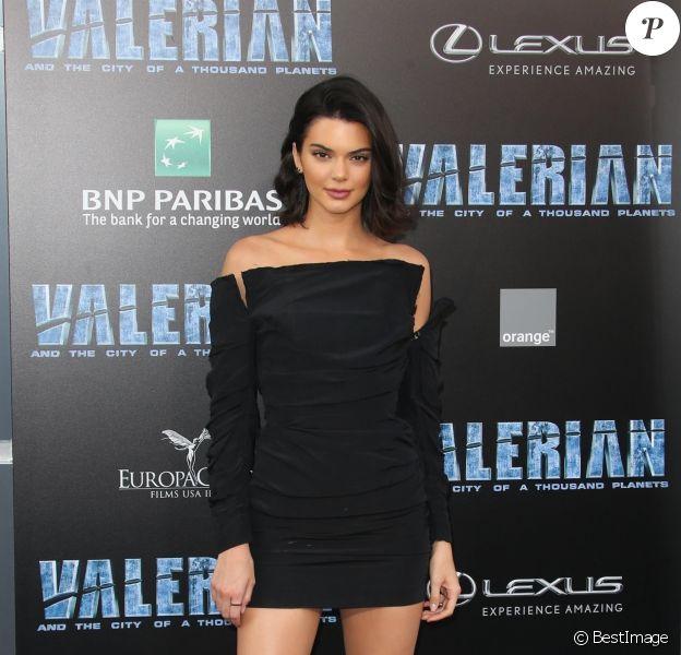 """Kendall Jenner à l'avant-première du film """"Valérian et la Cité des Mille Planètes"""" à Los Angeles. Le 17 juillet 2017."""