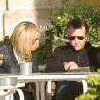 Emmanuel Macron et sa femme Brigitte Macron (Trogneux) se promènent sur les docks de Lisbonne, le 25 décembre 2016. Ils sont arrivés dimanche après-midi pour quelques jours de vacances à Lisbonne.