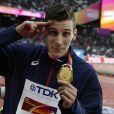 Le Français Pierre-Ambroise Bosse champion du monde du 800m lors des Championnats du monde d'athlétisme 2017 au stade olympique de Londres, le 9 août 2017.