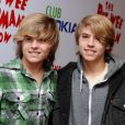 """Cole Sprouse et Dylan Sprouse, lors de la soirée ""The Pee Wee Jerman Show"" à Los Angeles le 20 janvier 2010. Photo par Lionel Hahn/ABACAPRESS.COM"""