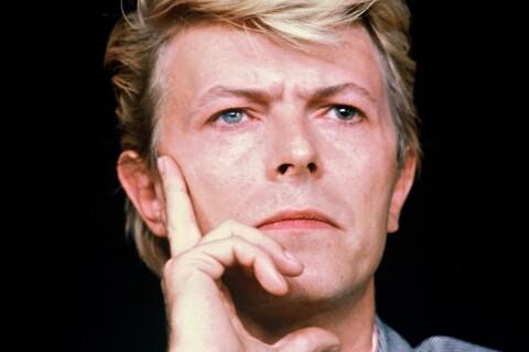 David Bowie : Orgie, nécrophilie, nazisme... Une biographie choc !