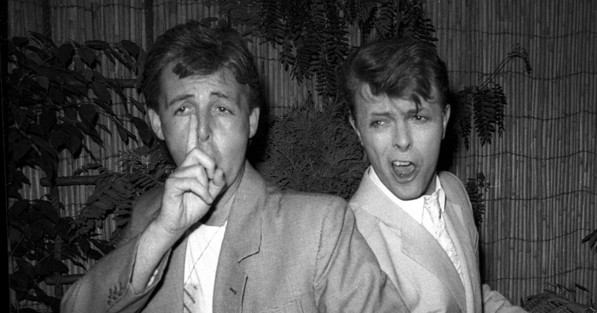 paul mccartney et david bowie londres en 1985 purepeople. Black Bedroom Furniture Sets. Home Design Ideas