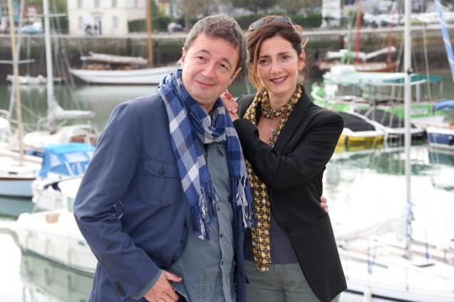 """Valérie Karsenti et Fred Bouraly - Photocall """"Scènes de ménages"""" au 14e festival de la fiction TV de La Rochelle en 2015."""
