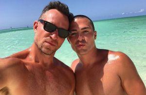 Colton Haynes et son fiancé postent des photos hot de leurs vacances !