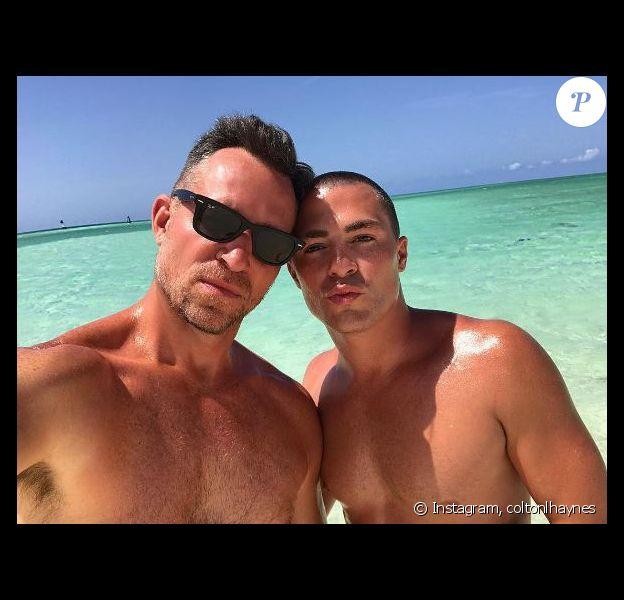 Colton Haynes et son fiancé Jeff Leatham sont en vacances dans les Caraïbes. Instagram, août 2017