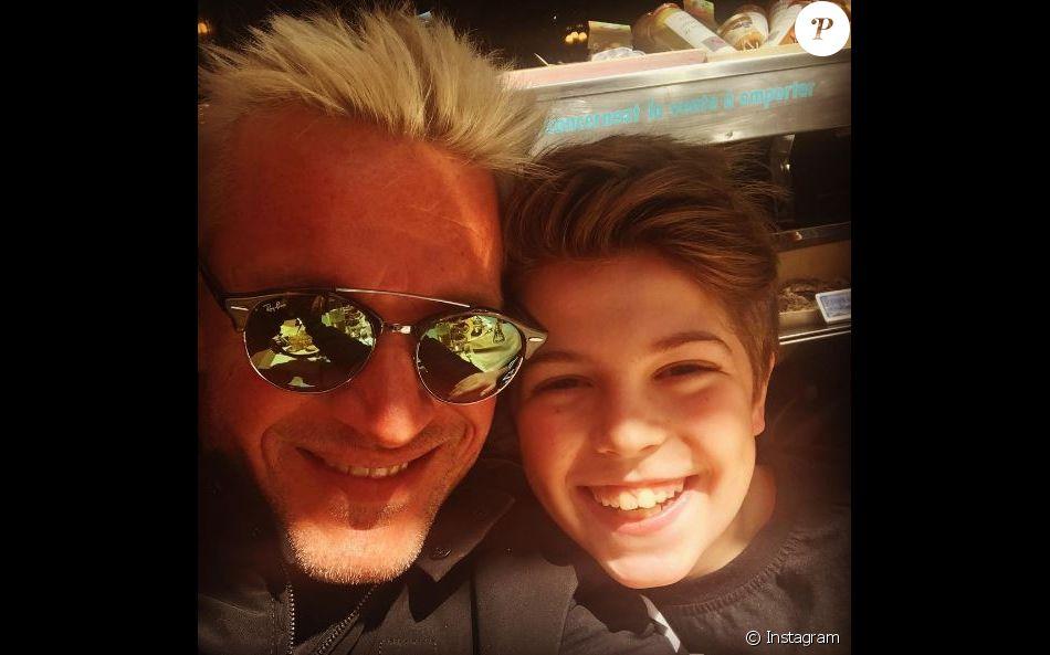 Enzo, le fils de Benjamin Castaldi et Flavie Flament, a bien grandi.