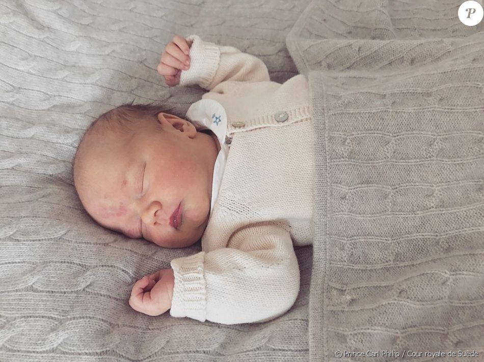 Le prince Gabriel de Suède, photographié à l'âge de 5 jours par son père le prince Carl Philip de Suède au domicile familial, la Villa Solbacken, suite à sa naissance le 31 août 2017. © Prince Carl Philip / Cour royale de Suède