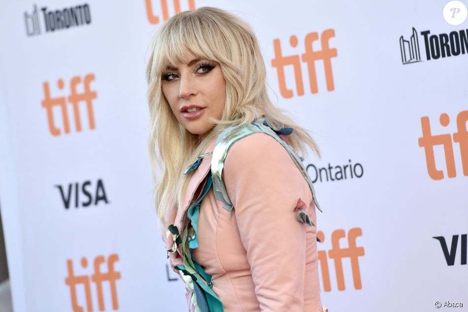 Lady Gaga (en Lanotta Studio) à la première de Gaga: Five Foot Two au Toronto International Film Festival 2017, Toronto, Ontario, le 8 septembre 20147.