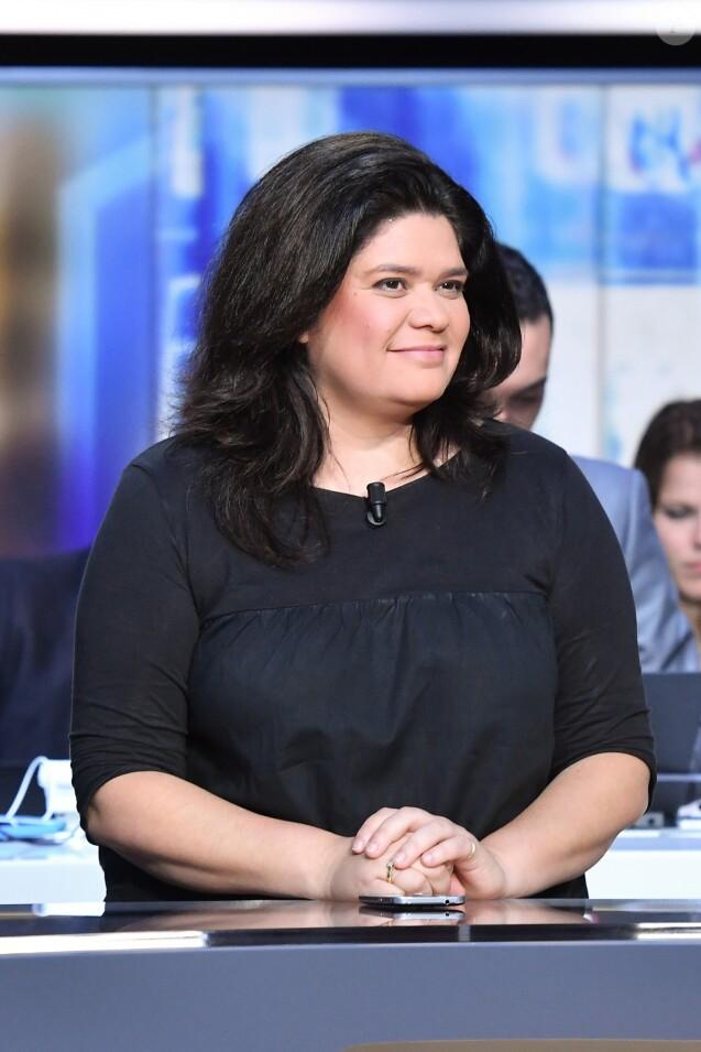 Raquel Garrido sur le plateau de télévision de TF1 le 7 mai 2017