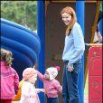 Marcia Cross et ses jumelles Eden et Savannah passent l'après-midi au parc. Le meilleur endroit pour oublier les soucis et faire le plein de bonne humeur !