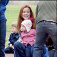 Les jumelles de Marcia Cross, Eden et Savannah passent l'après-midi au parc et se font de nouveaux amis. Sans papa, trop occupé à se battre contre le cancer...