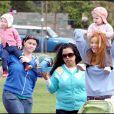 Marcia Cross a pu compter sur des renforts pour sa promenade au parc avec ses filles