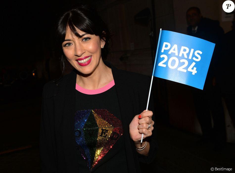 """Exclusif - Nolwenn Leroy - Concert """"Paris, À nous les Jeux!"""" pour fêter l'attribution des Jeux Olympiques et Paralympiques d'été 2024 sur la place de l'hôtel de ville de Paris, France, le 15 septembre 2017. © Veeren/Bestimage"""