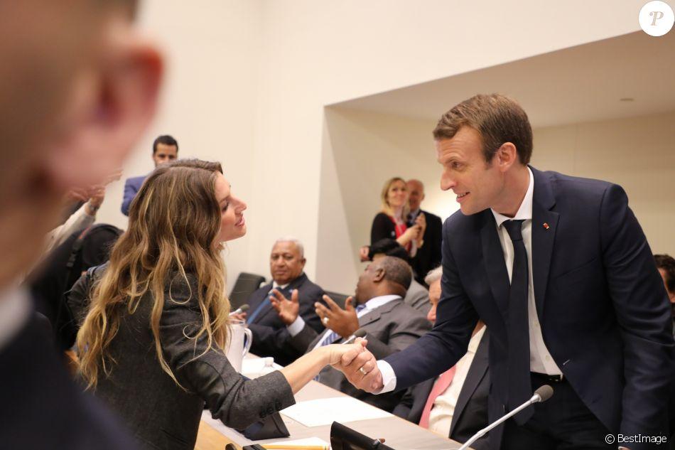 Le President De La Republique Francaise Emmanuel Macron Et Giselle Bundchen Pendant Une Reunion De Travail Sur Le Pacte Mondial Pour L Environnement Lors De La Purepeople