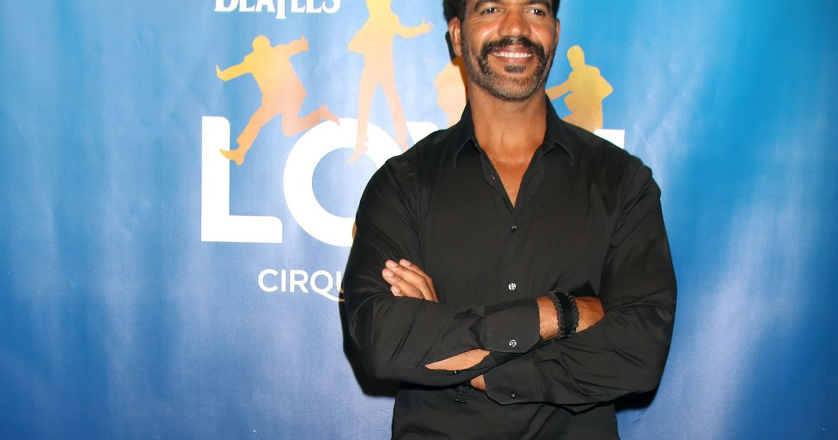 kristoff st john les feux de l 39 amour hospitalis il a menac de se suicider purepeople. Black Bedroom Furniture Sets. Home Design Ideas