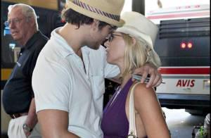 Jennie Garth et son beau mari sont toujours très amoureux... et le prouvent !