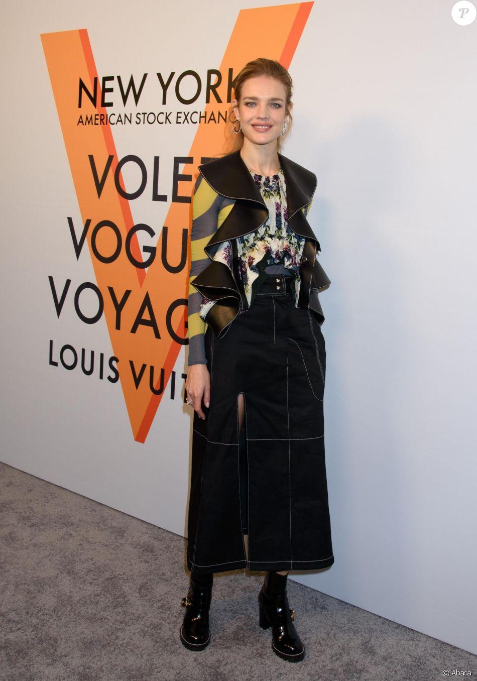15e21b8645d1 Natalia Vodianova assiste au vernissage de l  039 exposition  quot Volez