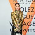 """Riley Keough assiste au vernissage de l'exposition """"Volez, Voguez, Voyagez"""" de Louis Vuitton à l'American Stock Exchange. New York, le 26 octobre 2017."""