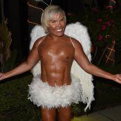 Rodrigo Alves, le Ken humain : Ange figé qui exhibe ses faux pectoraux