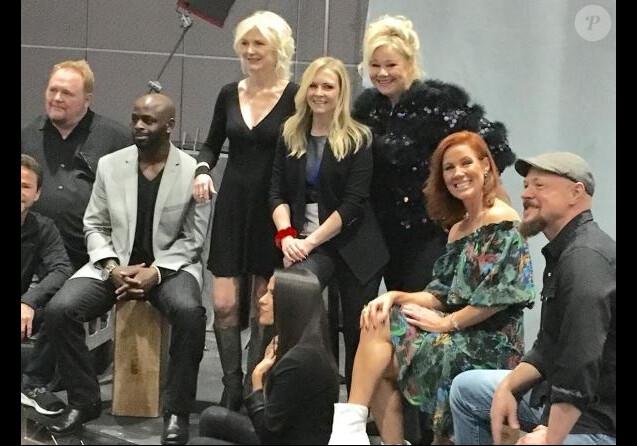 Le casting de Sabrina l'apprentie sorcière, au Comic Con de Los Angeles, le 29 octobre 2017