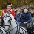 """La princesse Mary de Danemark a assisté le 5 novembre 2017, au palais de l'Hermitage, au nord de Copenhague, à la course de chevaux """"Hubertus Jagt"""" avec ses quatre enfants, Christian, Isabella, Vincent et Josephine."""