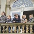"""La princesse Mary de Danemark était le 5 novembre 2017 au palais de l'Hermitage, au nord de Copenhague, pour assister à la course de chevaux """"Hubertus Jagt"""" avec ses quatre enfants, Christian, Isabella, Vincent et Josephine."""