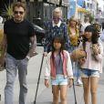 Johnny Hallyday sort déjeuner en famille au Water Grill de Santa Monica le 18 mars 2017 pour l'anniversaire de Laeticia qui fête le jour même ses 42 ans.