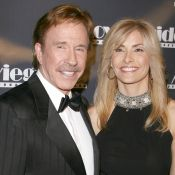 Chuck Norris : Sa femme empoisonnée, il abandonne sa carrière pour la sauver