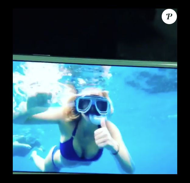 Enora Malagré en bikini le 16 novembre 2017 aux Philippines.
