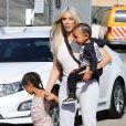 Kim Kardashian et ses enfants North West et Saint West à Los Angeles, le 21 septembre 2017.