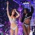 Bella Hadid et Zuri Tibby - Défilé Victoria's Secret 2017 à la Mercedes-Benz Arena Shanghai. Shanghaï, le 20 novembre 2017.