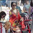 Salma Hayek et Valentina ont passé l'après-midi au marché à Los Angeles dimanche 1er mars