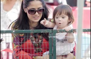 Salma Hayek : sa petite Valentina lui vole la vedette... elle est trop craquante !