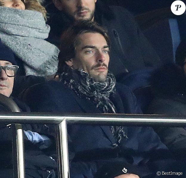 Camille Lacourt et son amie Hajiba Fahmy - Match de footbal PSG - Troyes au Parc des Princes à Paris le 29 novembre 2017. © Cyril Moreau/Bestimage