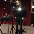 """""""Laeticia Hallyday partage une vidéo de son mari Johnny Hallyday en studio avec Maxim Nucci sur sa page Instagram le 13 septembre 2017."""""""