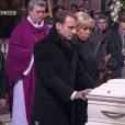 Le couple Macron aux obsèques de Johnny Hallyday à Paris. Le 9 décembre 2017.