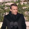 Emmanuel Macron prononce un discours poignant en hommage à Johnny Hallyday, en marge des obsèques de la star à l'église de la Madeleine à Paris, le 9 décembre 2017.