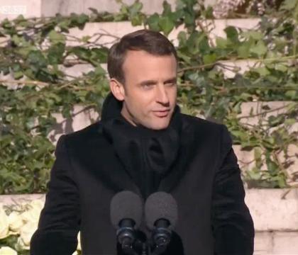 "Obsèques de Johnny Hallyday : Emmanuel Macron salue ""une part de la France"""