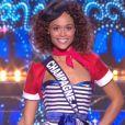 Miss Champagne-Ardenne :             Safiatou Guinot en tenue du 14 juillet - Concours Miss France 2018. Sur TF1, le 16 décembre 2017.