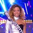 Miss Mayotte : Vanylle Emasse en tenue de fête de la musique - Concours Miss France 2018. Sur TF1, le 16 décembre 2017.