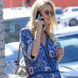 Nicky Hilton enceinte fait du shopping dans les rues de Hollywood, le 24 novembre 2017