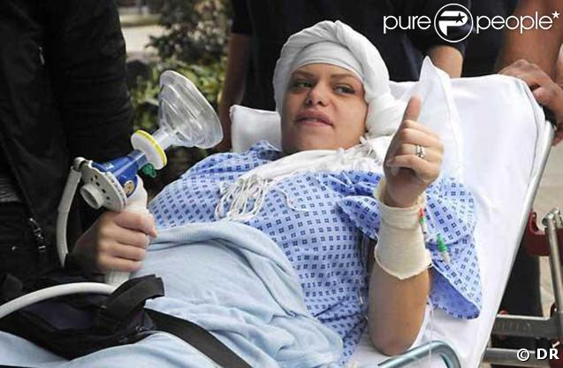 Jade Goody, passe ses derniers moments à l'hôpital...
